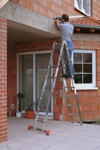Шарнирная двухсекционная лестница 2x8