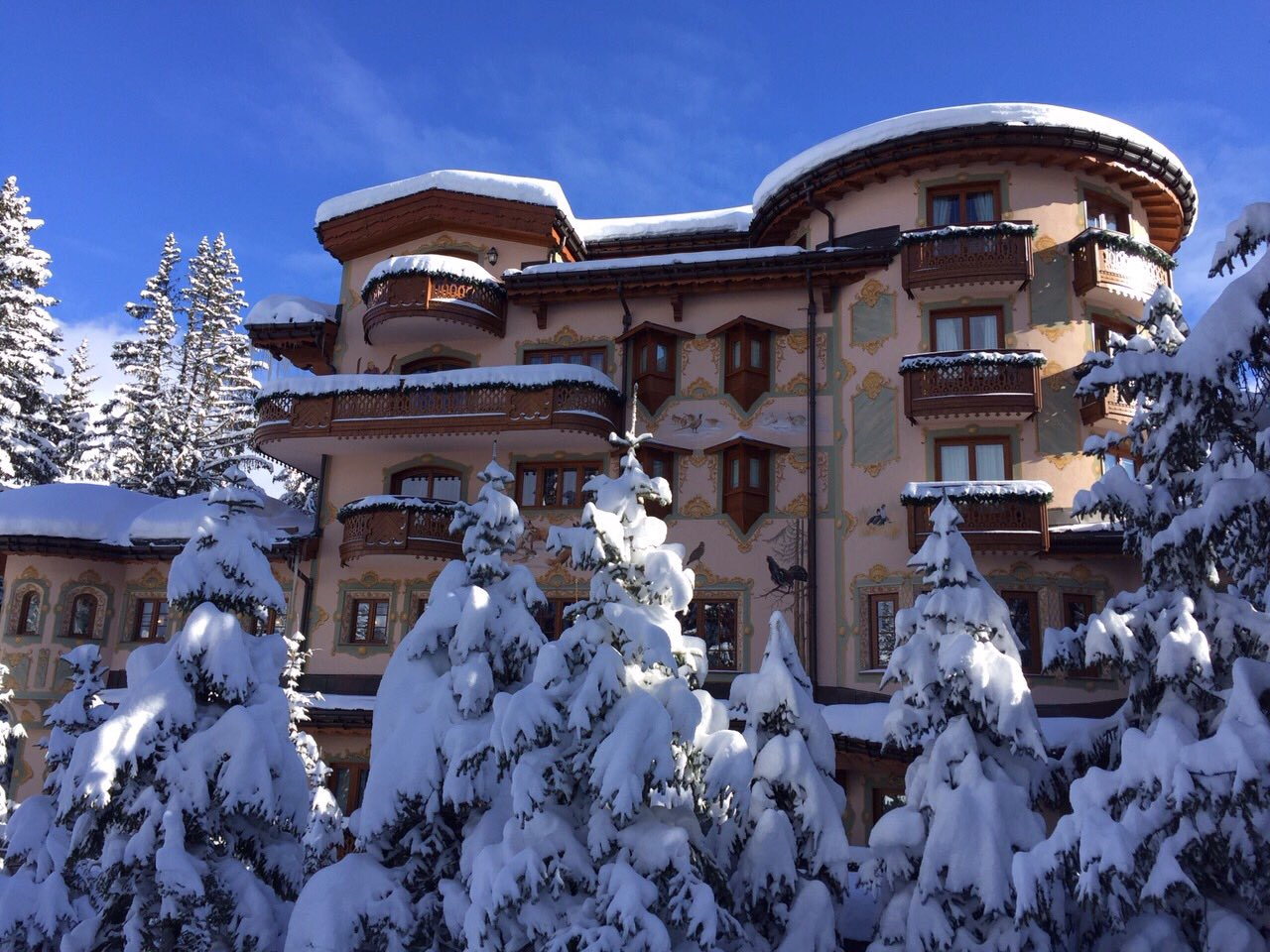Hotel in Courchevel on the slope